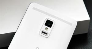 图赏:全球首款2K屏幕手机Xplay 3S开箱