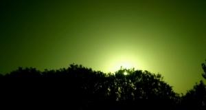 《用车窗当滤镜下的落日》--拍出不一样的落日