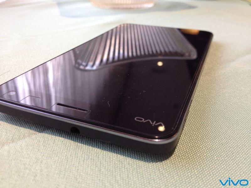 屏易碎换又贵智能手机售后乱象究竟为何大   苹果三星小米